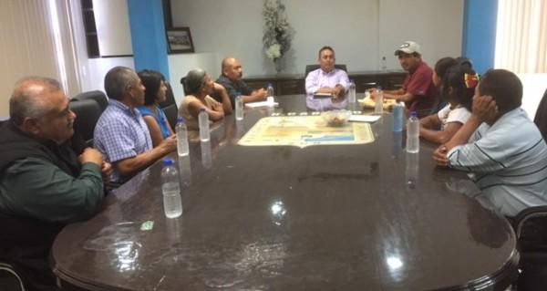 Crea pancho pelayo oficina de enlace con grupos ind genas for Oficinas pelayo