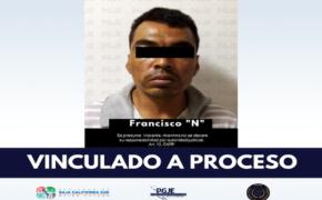 Con filoso cuchillo asaltaba tiendas OXXO en La Paz; ya enfrenta a la justicia