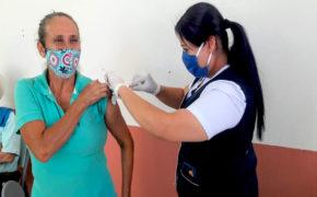 Grupos de riesgo siguen recibiendo vacuna contra Influenza